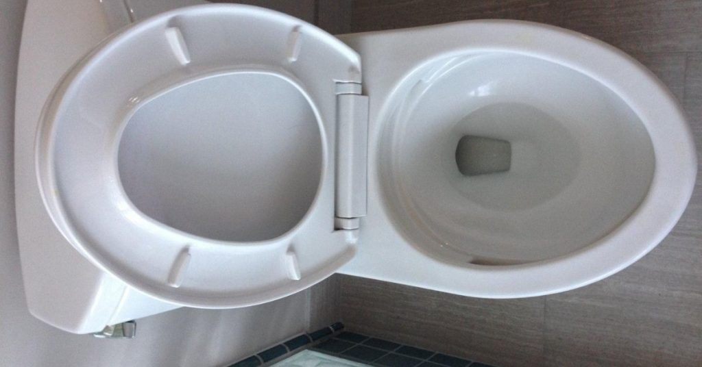 clean-toilet-smell-so-bad